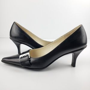Joan & David black buckle pumps sz 5.5M